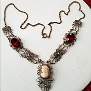 Victorian Spun Silver Shell Cameo Red Garnet Glass Filigree Cannetille Necklace