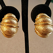 Vintage St. John Goldtone Shrimp Clip Earrings  - 21.8 grams