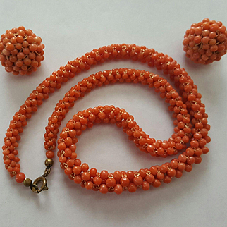 """1930's 16"""" Woven Coral Bead Necklace & 20mm Earring Suite"""