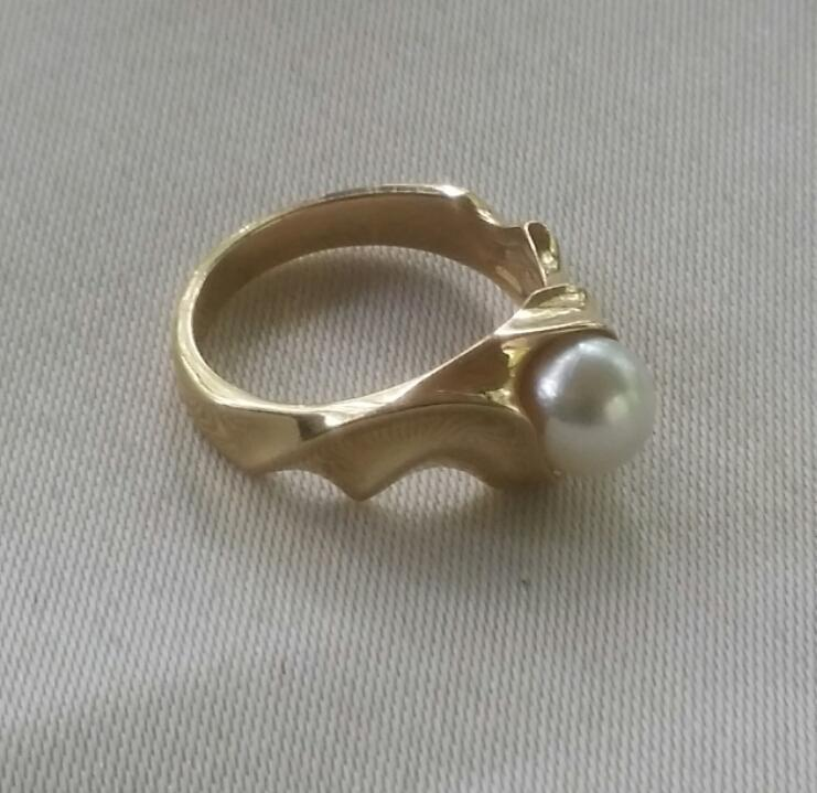 Vintage 14K Yellow Gold 7mm Cultured Pearl Solitaire Ring