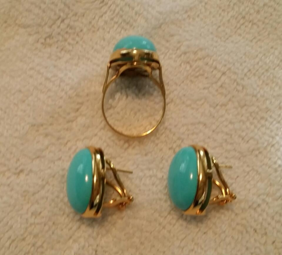 Fine Italian 18k Natural Sleeping Beauty Turquoise Cabochon Ring & Earring  Suite  4335cts