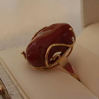 Gorgeous 18K Modernist Free Form Corsican Coral Cabochon Ring
