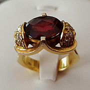 Commanding 18K Faceted Garnet & Diamond Ring - 14.3 grams