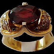 Commanding 18K Faceted Garnet & Diamond Ring - 14.3 grams