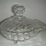 Clam shaped glass covered dish