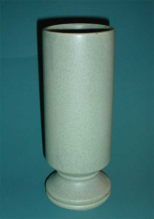 McCoy  green Footed Vase #412 USA