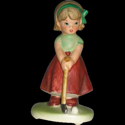 Napco golfing girl 1960-1970 figurine