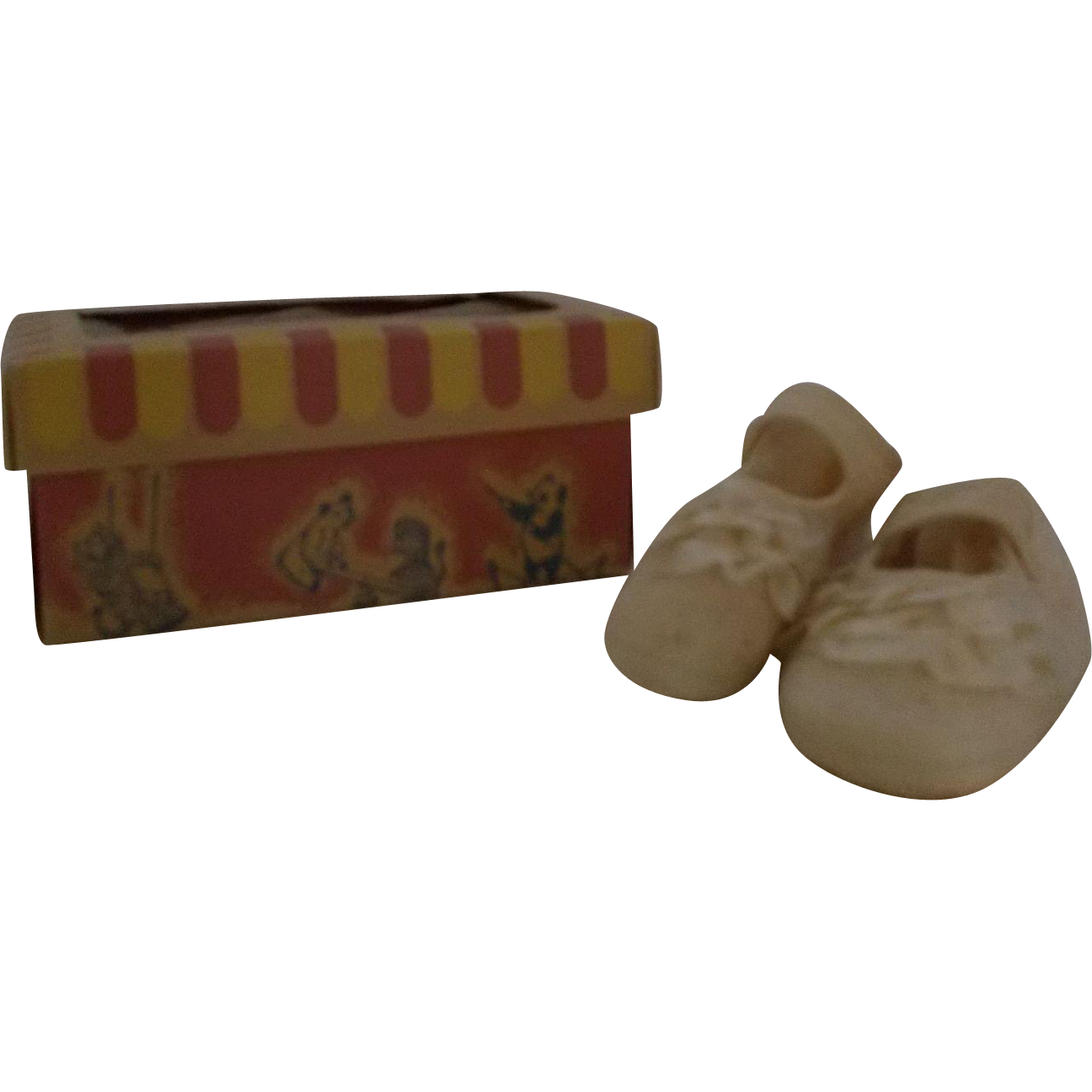 Baby shoes w/  circus box Japan