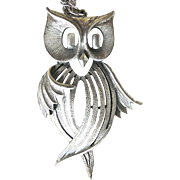Vintage Silver Toned Owl with Chain Necklace