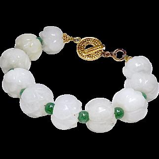 Carved White Carved Jade Lotus, green Aveturine Bracelet
