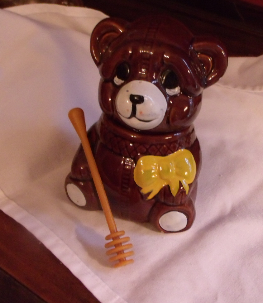 Honey Bear Ceramic Honey Pot
