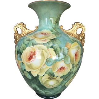 Fabulous Belleek Roses Vase.