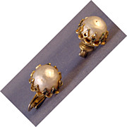 Faux pearl clip earrings