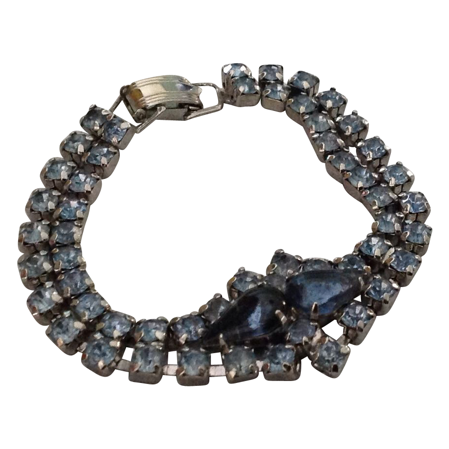 Blue rhinestone bracelet with teardrop stones