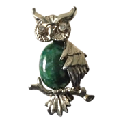 Gerry's owl pin with green stone stomach and rhinestone eyes