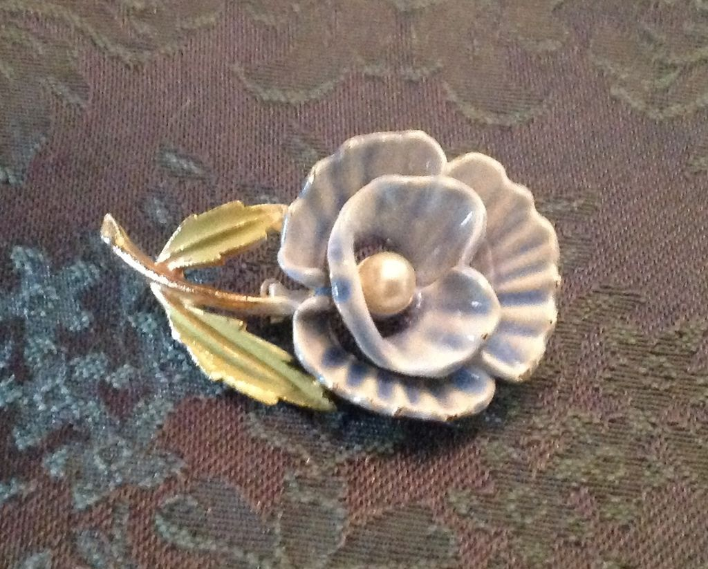 Enamel and faux pearl flower pin