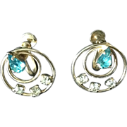 Vintage aqua and clear rhinestone screw back earrings in gold tone setting