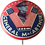"General MacArthur Victory ""V"" pin back button"