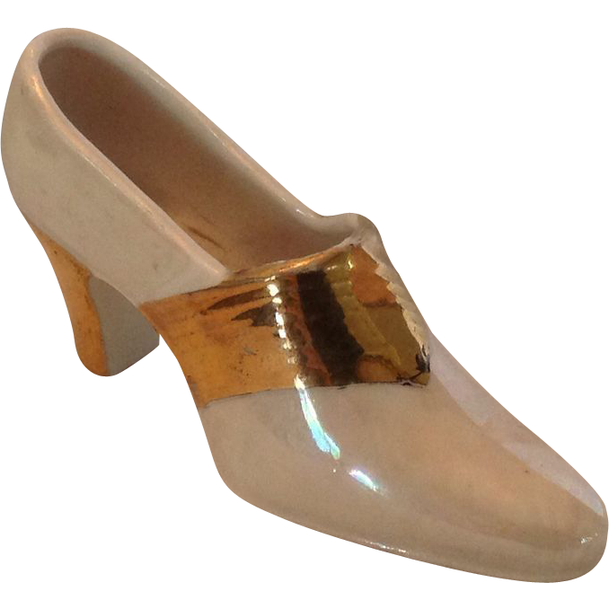 Dayton Ohio, Souvenir Shoe with Luster glaze