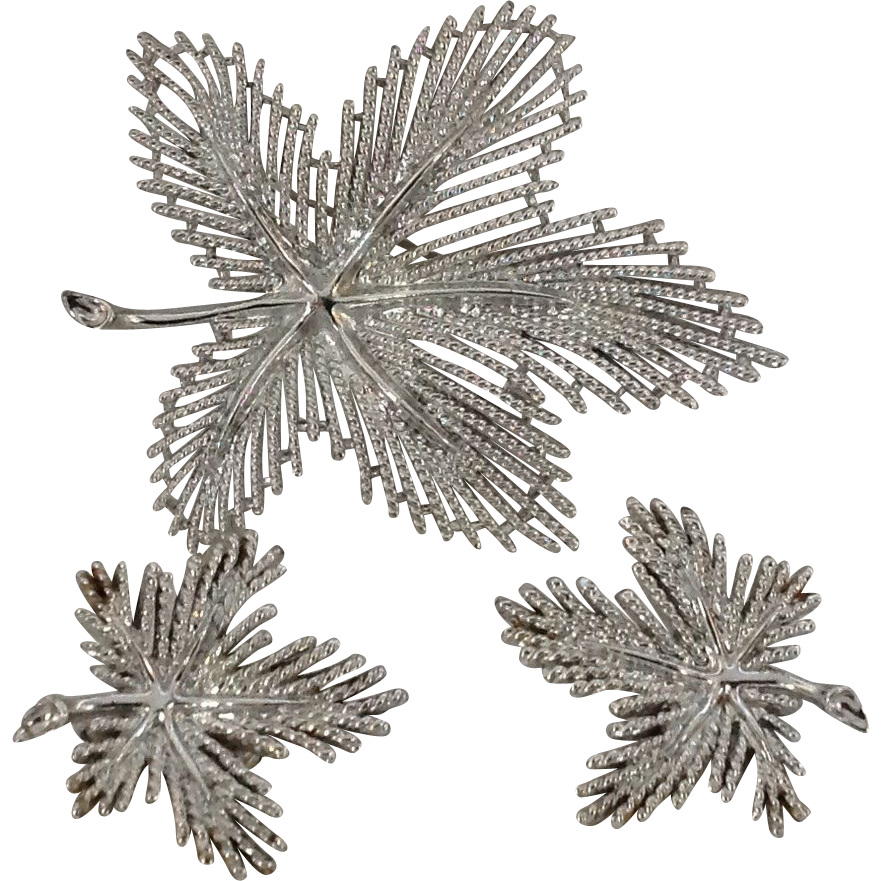 Sarah Coventry silver tone leaf pin and earring set
