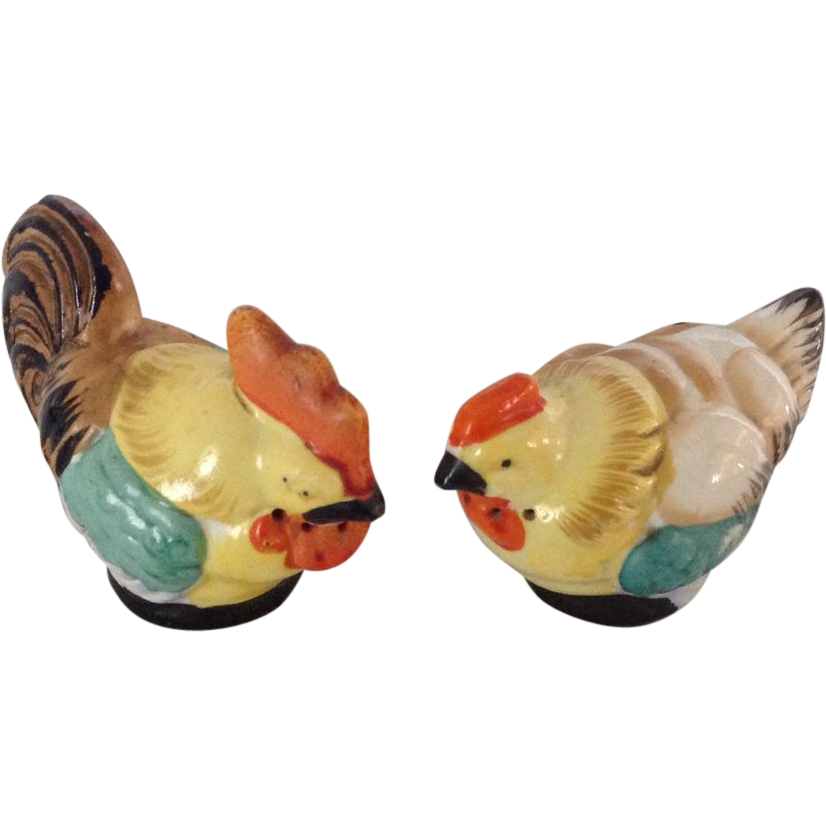 Vintage hen and rooster salt and pepper shakers from Colorful salt and pepper shakers