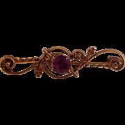 10K Yellow Gold Art Nouveau Bar Pin Prong Set Lavender Stone