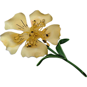 Buttery Yellow Enamel Flower Pin with Movable Center Parts