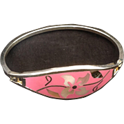 Alpaca Mexico silvertone bracelet with mother of pearl, abalone and wire inset into a pink enamel background