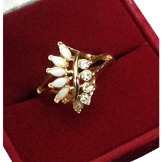 Uncas Opal and Rhinestone gold tone ring Size 8