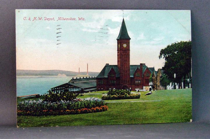 1909 Chromolithograph Postcard C & N. W. Depot, Milwaukee, WI