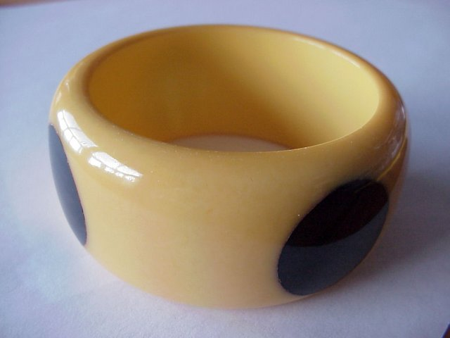 Vintage Cream Corn and Black Bakelite Four-Dot Bangle