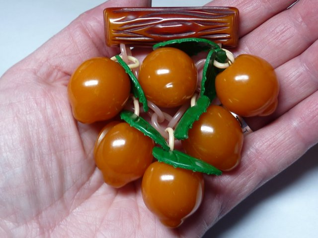 Vintage Bakelite Brooch with Dangling Peaches