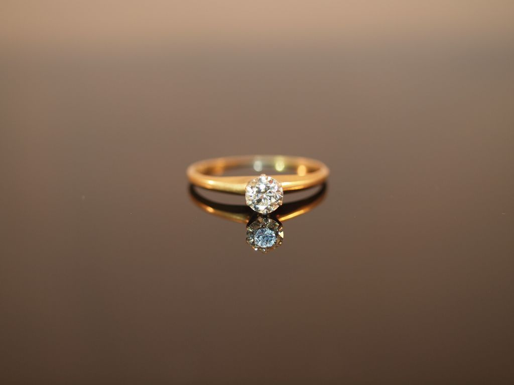4 Carat Diamond And 14k Gold Engagement Ring