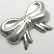 Large Mexican Sterling Silver Repousse Bow Pin Pendant