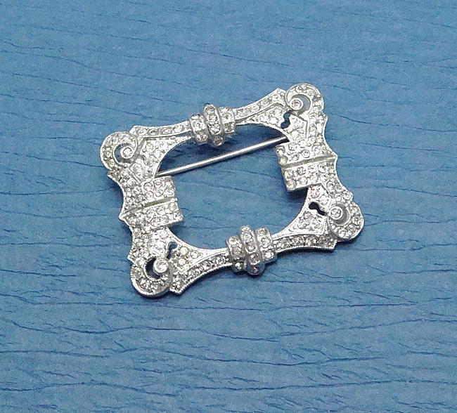 Vintage Art Deco Early Coro Pave Rhinestone Pin