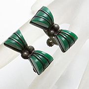 Vintage 1940s Carved Onyx Mexican Bracelet Screw On Earrings Set