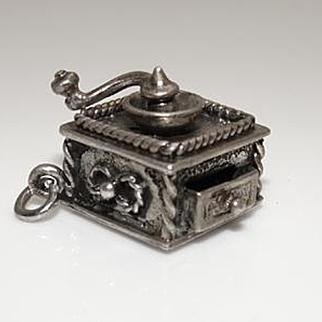 Vintage Danecraft Sterling Silver Moving Detailed Coffee Grinder Charm