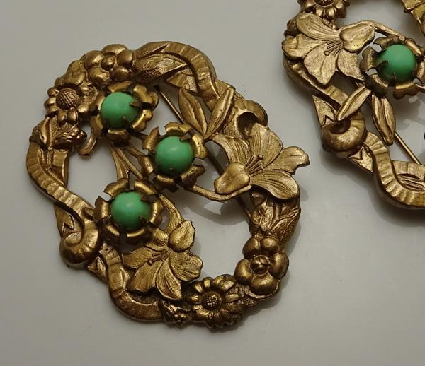 Vintage Art Nouveau  Flower Sash Pin Set!