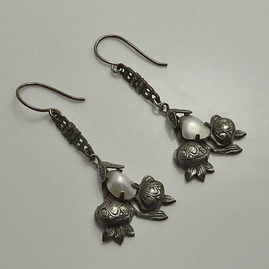Vintage Art Deco Sterling Silver Marcasite Fresh Water Pearl Earrings