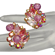 Vintage Juliana Pink Aurora Borealis Rhinestone Clip On Earrings