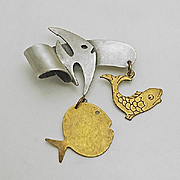 Susan L Richardson Sterling & Brass Dangling Fish Pin 1995
