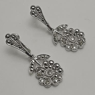 Vintage Art Deco  Marcasite Screw Back on Earrings