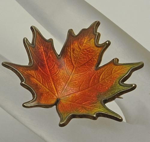 Vintage Sterling Silver  Enamel Norway Leaf Brooch  Pin Hroar Prydz