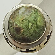 Vintage Mexican Green Agate Domed Sterling Silver Ring Size 5 3/4