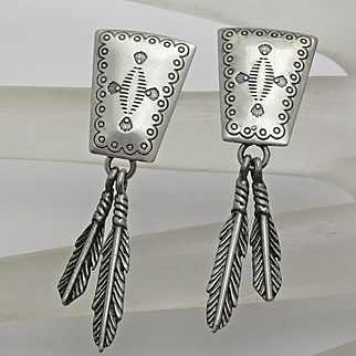 Q.T.  Quoc Turquoise Inc.  Southwestern Nicely Stamped Sterling Silver Drop Feather Earrings