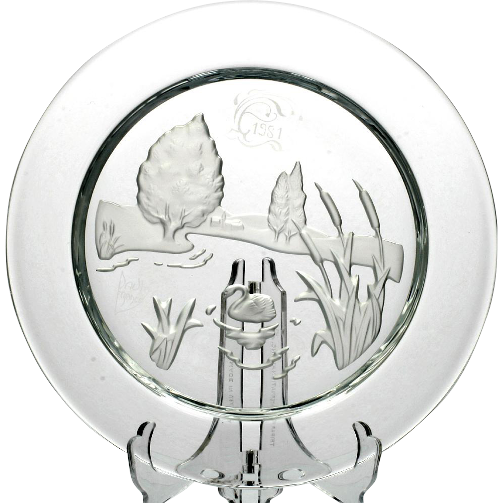 Daum Nymphea Plate French Crystal 1981 Swan Lake Intaglio Art Glass