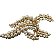 Elegant Vintage Faux Pearl and Laurel Wreath Pin