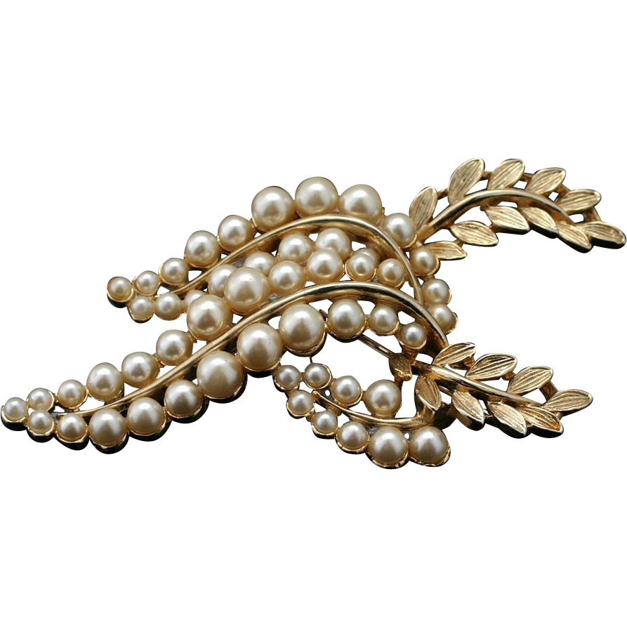 Elegant Vintage Faux Pearl and Laurel Wreath Pin