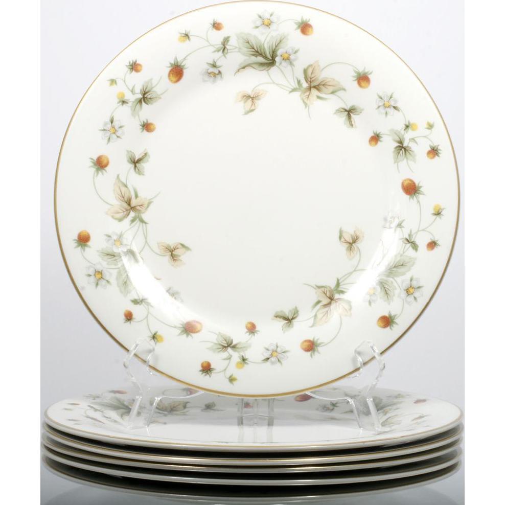 Royal Doulton Strawberries and Cream Salad Plates Set 6 Vintage English Porcelain