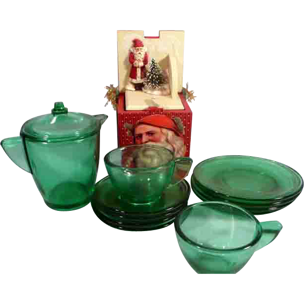 Akro Agate Child or Doll Green Dish Set